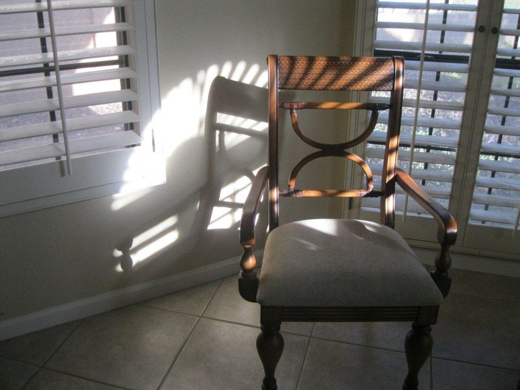 ガラスルーバー窓・ジャロジー窓のイメージ画像です。