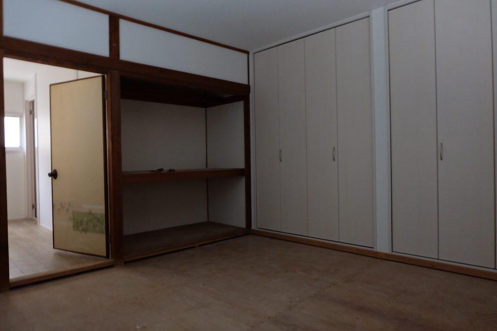 暗い部屋の画像です