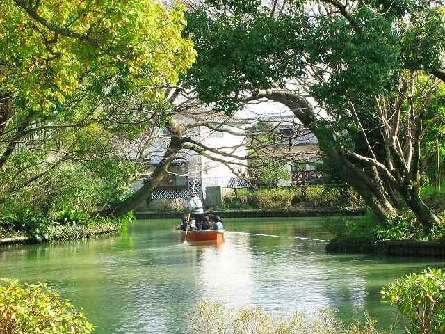 福岡市の子育て環境イメージ図です。