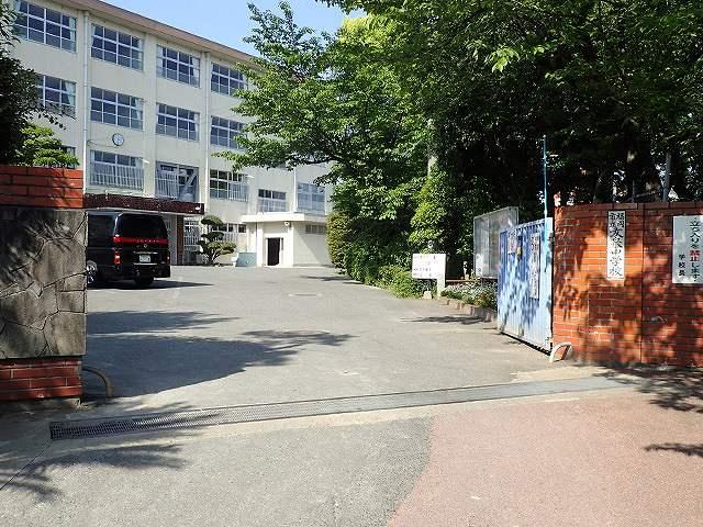 友泉中学校の画像です