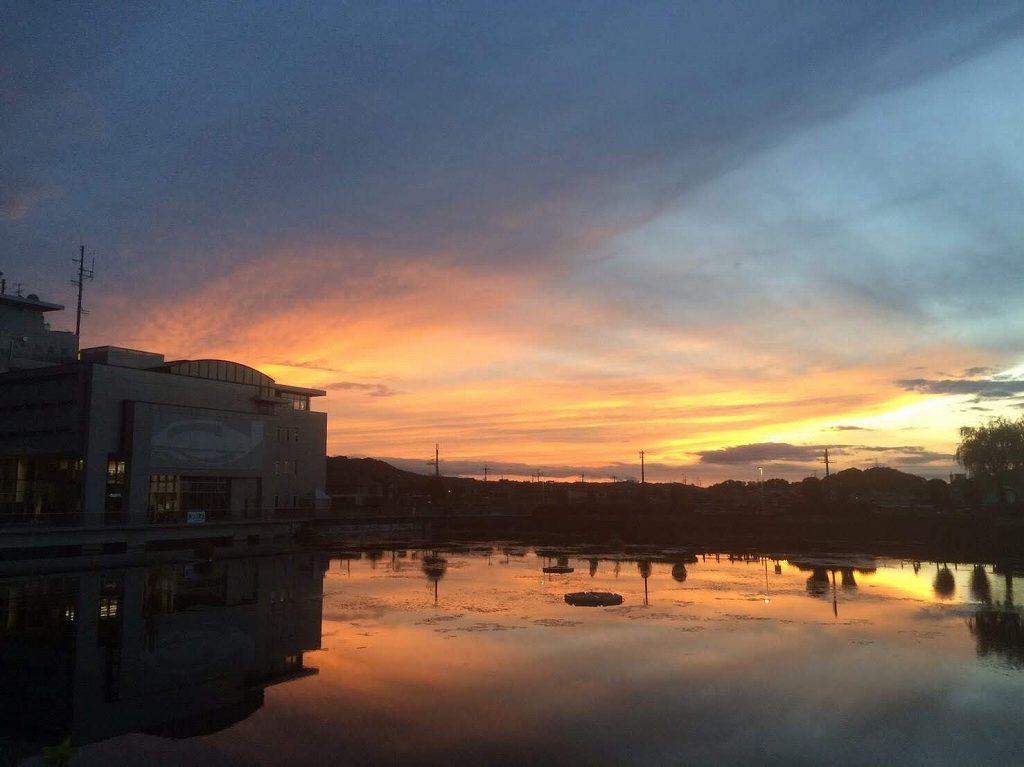 河南町の夕焼け空の画像です
