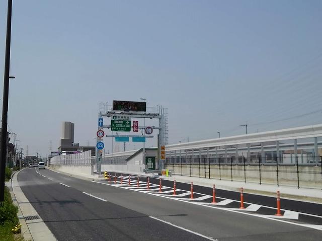 高速道路入り口の画像です